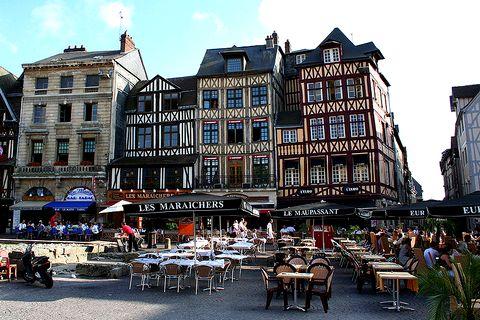 Rouen itin raires et visites autour de rouen for Piscine a rouen